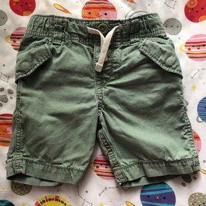 GAP Green Cargo Shorts in Size 2T